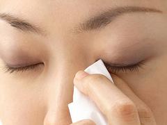 眼科と薬局の目薬の違いの画像